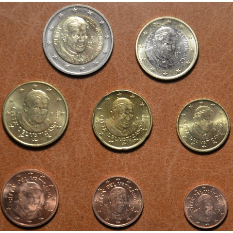 Set of 8 eurocoins Vatican 2011 (UNC w/o folder)
